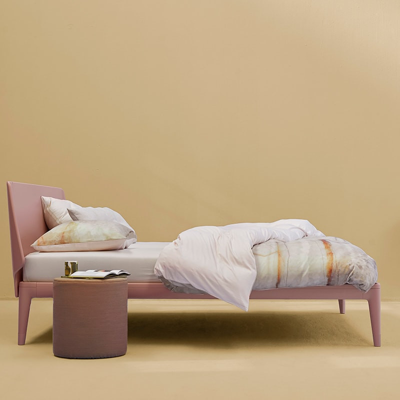 auping-essential-bed-2-min.jpg