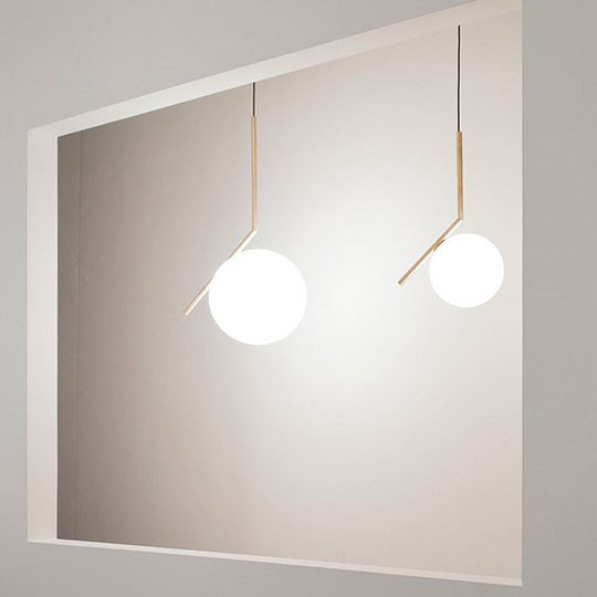 flos-ic-lights-lamp-5-min.jpg